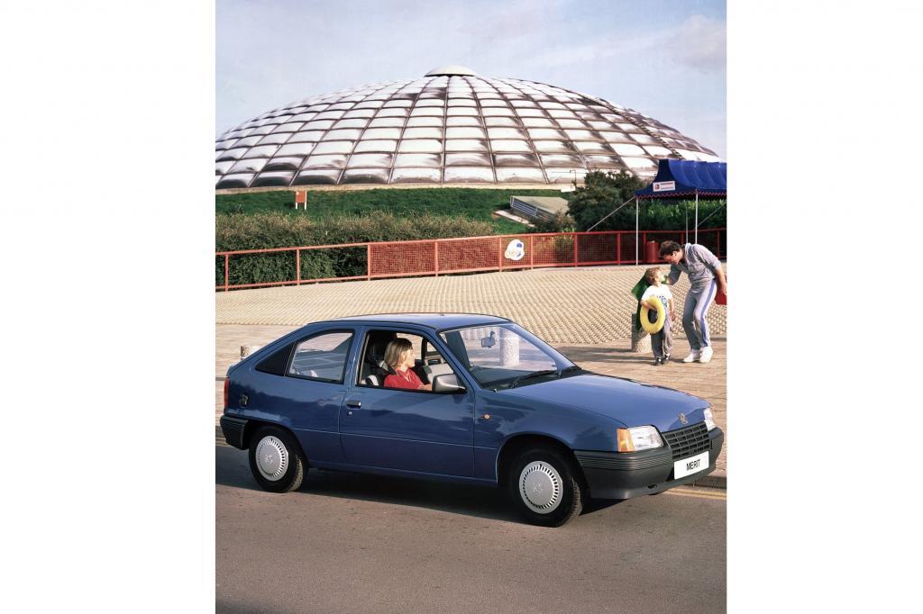 Vauxhall Astra MKII ab 1984 Schwestermodell des Opel Kadett