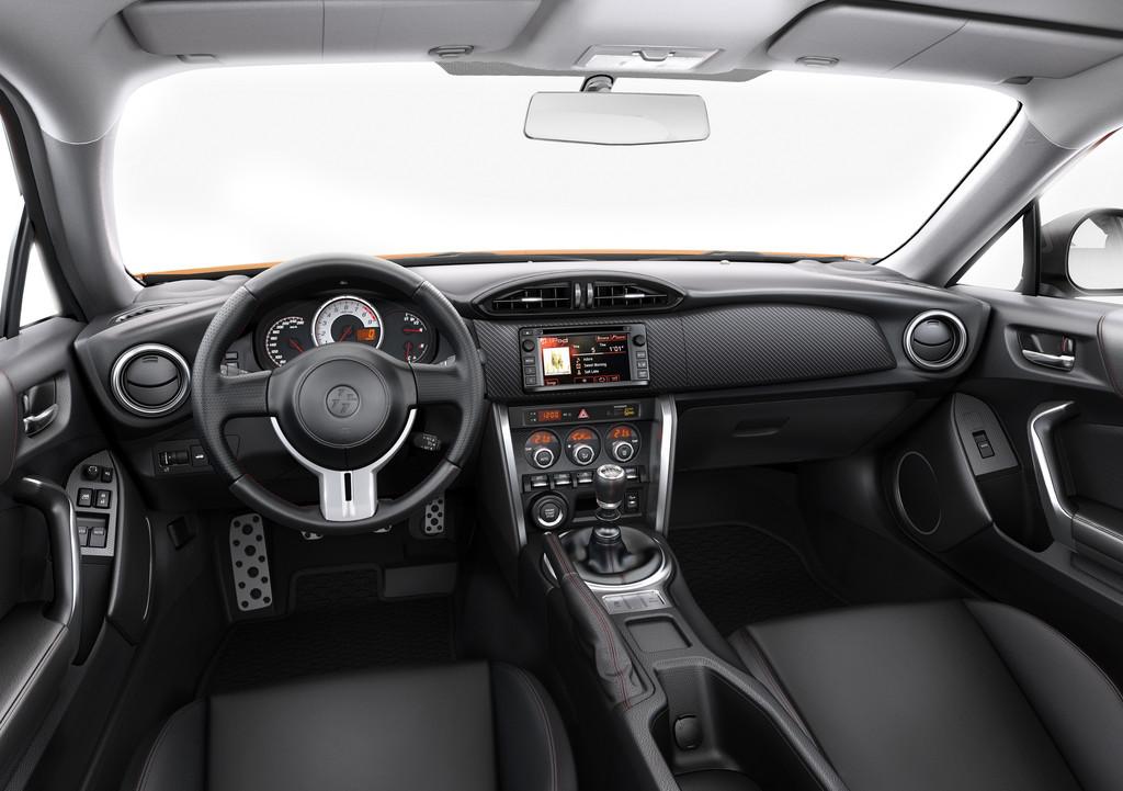 Verbesserte Dynamik im neuen Modelljahr für Toyota GT86