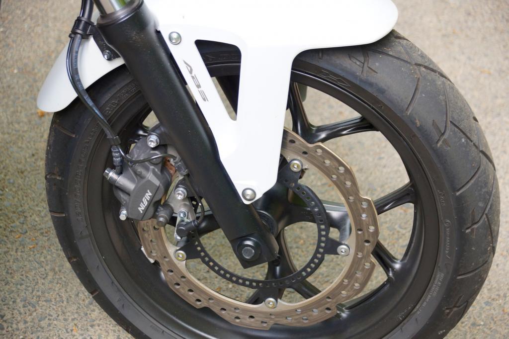 ABS ist Serie bei der NC 750 X, die für 6.490 Euro viel zu bieten hat.
