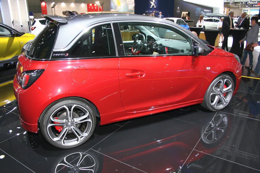 AMI 2014: Opel Adam Rocks startet bei 15 990 Euro
