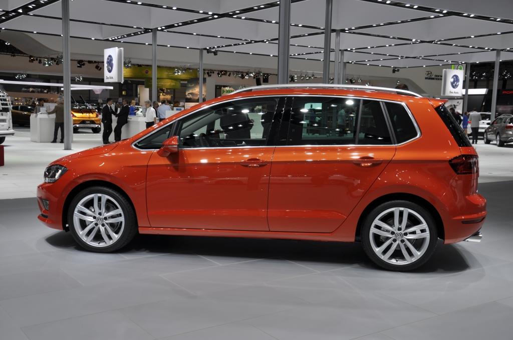 AMI 2014: VW Golf Sportsvan - Golf im Sportwahn