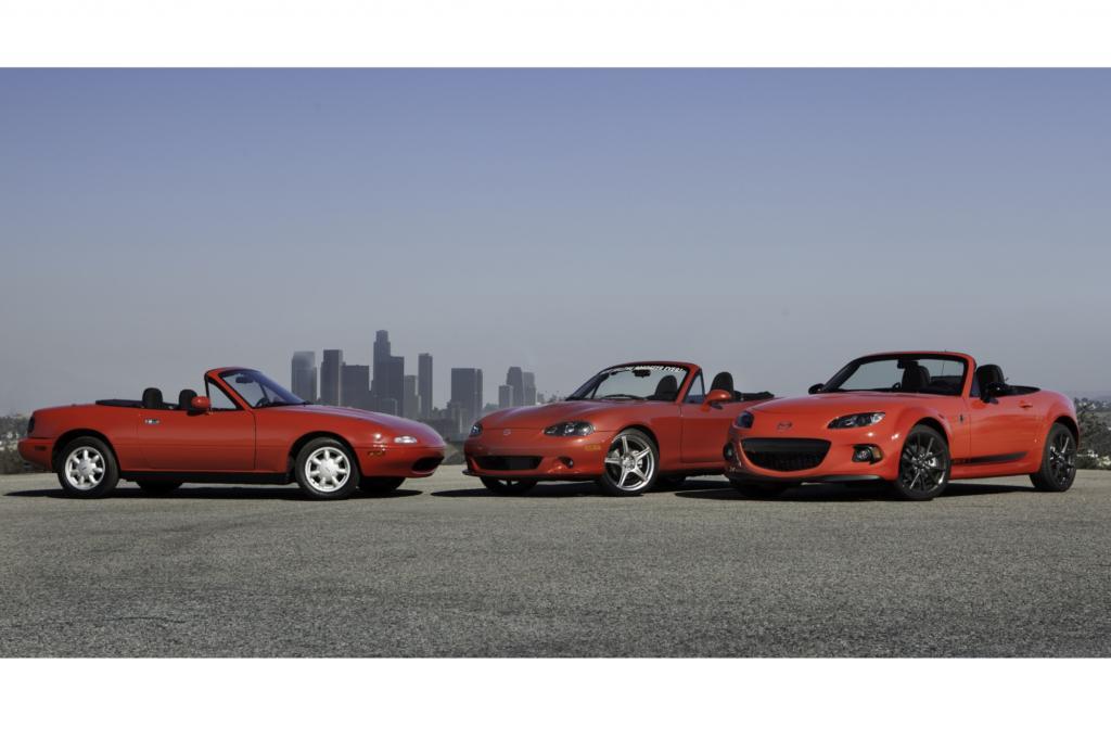 Als der Wagen 1990 als MX-5 nach Deutschland kommt, ist das geplante Jahreskontingent nach drei Tagen ausverkauft.
