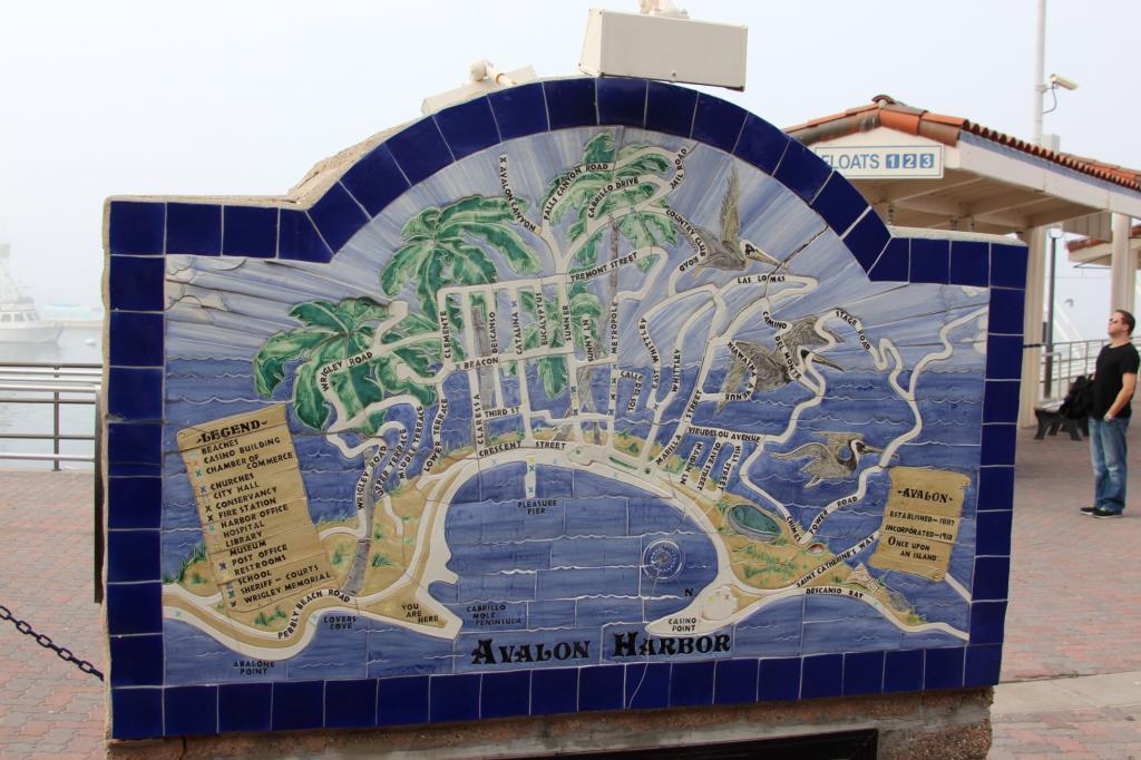 Avalon ist die größte und eigentlich einzige Stadt auf der 35 Kilometer langen und 13 Kilometer breiten Insel