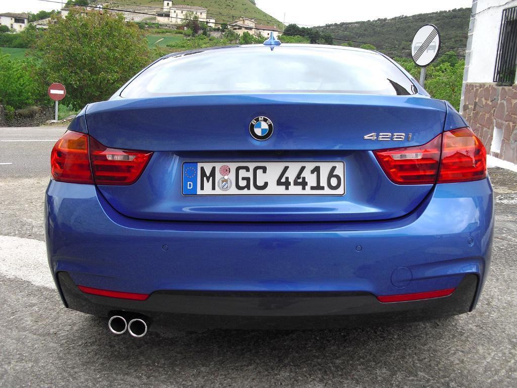 BMW 4er Gran Coupé: Blick auf die Heckpartie.
