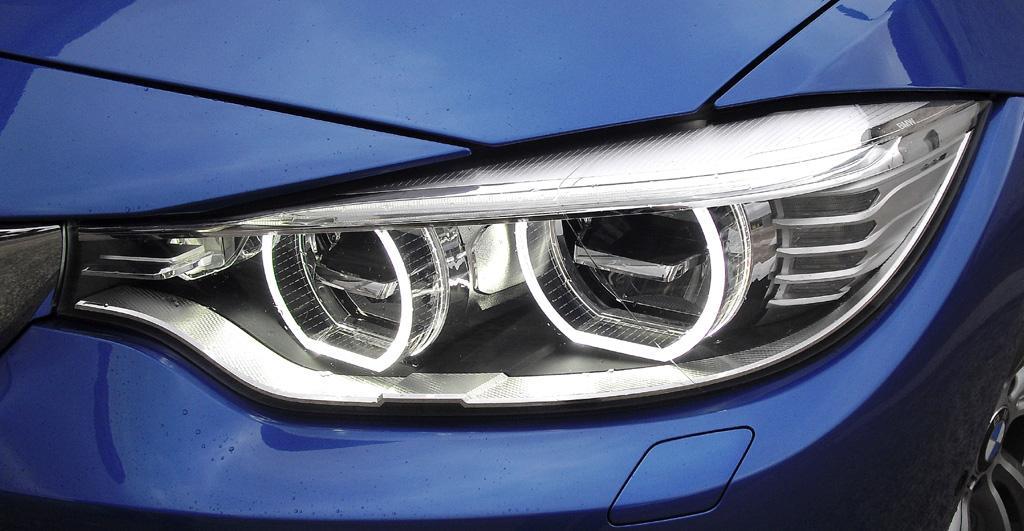 BMW 4er Gran Coupé: Moderne Xenon-Leuchteinheit vorn.