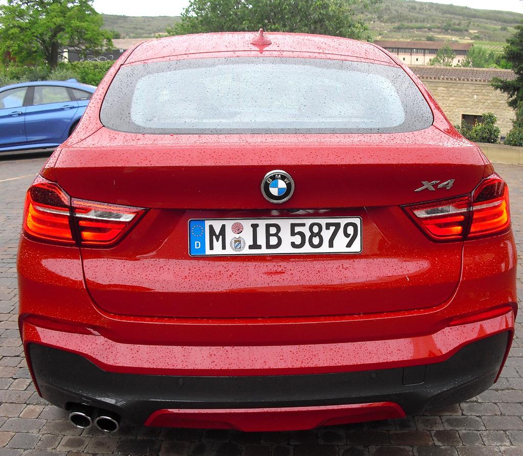 BMW X4: Blick auf die Heckpartie.
