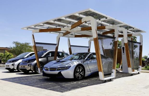 BMW geht unter die Garagen-Bauer