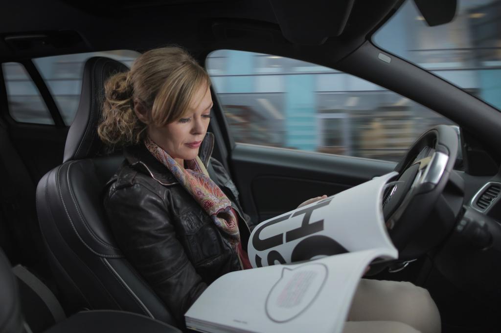 Bis autonomes Fahren Alltag wird, braucht es noch Geduld.