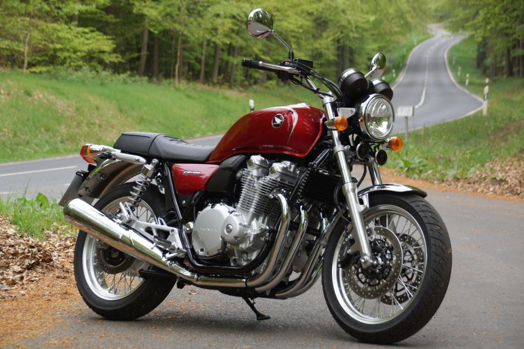 Das klassische Retro-Bike CB 1100 hat Honda mit der neuen Version EX zum Modelljahr 2014 perfektioniert