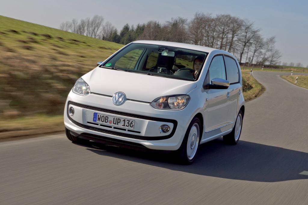 """Der 44 kW/60 PS starke Dreizylinder im VW Up kommt mit Spritsparhilfen, die werden bei Volkswagen unter """"Blue Motion Technology"""" zusammengefasst, auf einen Normverbrauch von 4,1 Litern pro 100 Kilometer"""