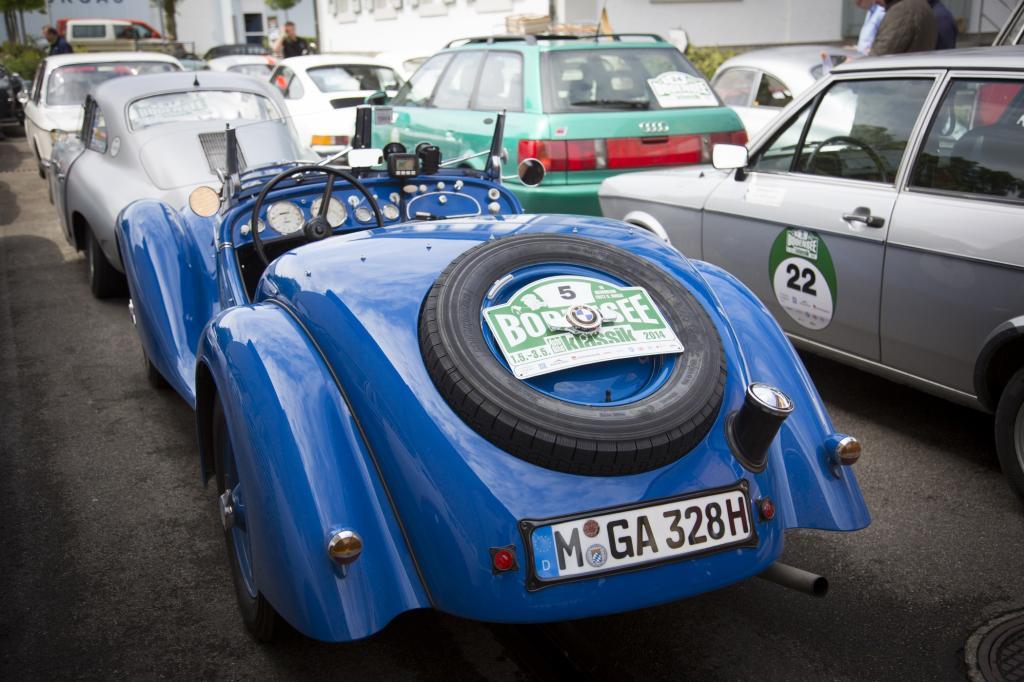 Der in den Jahren 1935/36 entwickelte BMW 328 weist mit seinem klassischen Reihensechszylinder mit 1.971 Kubikzentimetern Hubraum und exakt 59 kW/80 PS eine eigentlich recht übersichtliche Technik vor