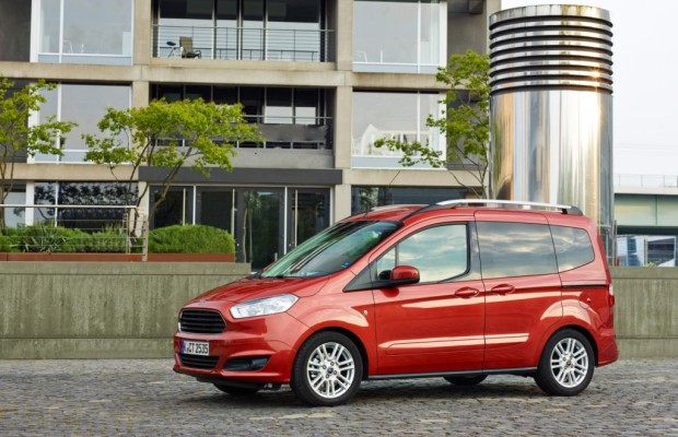 Erste Fahrt im Ford Tourneo Courier 1.0 Liter EcoBoost - Kleiner Kasten zu kleinen Kosten