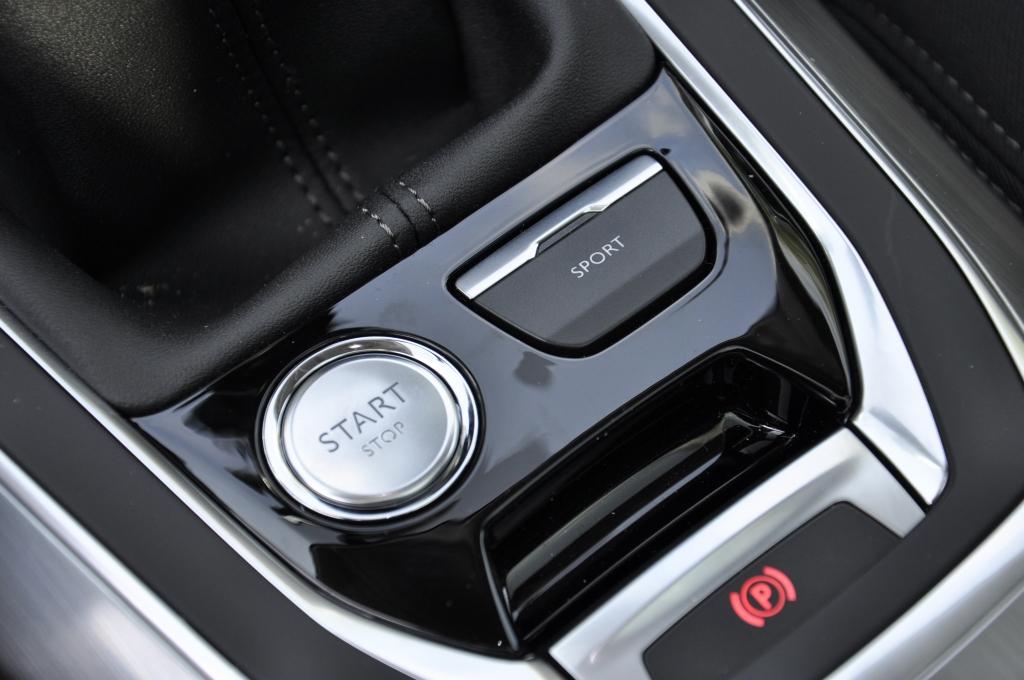 Erste Fahrt im Peugeot 308 SW - So schick kann eine weiße Weste sein