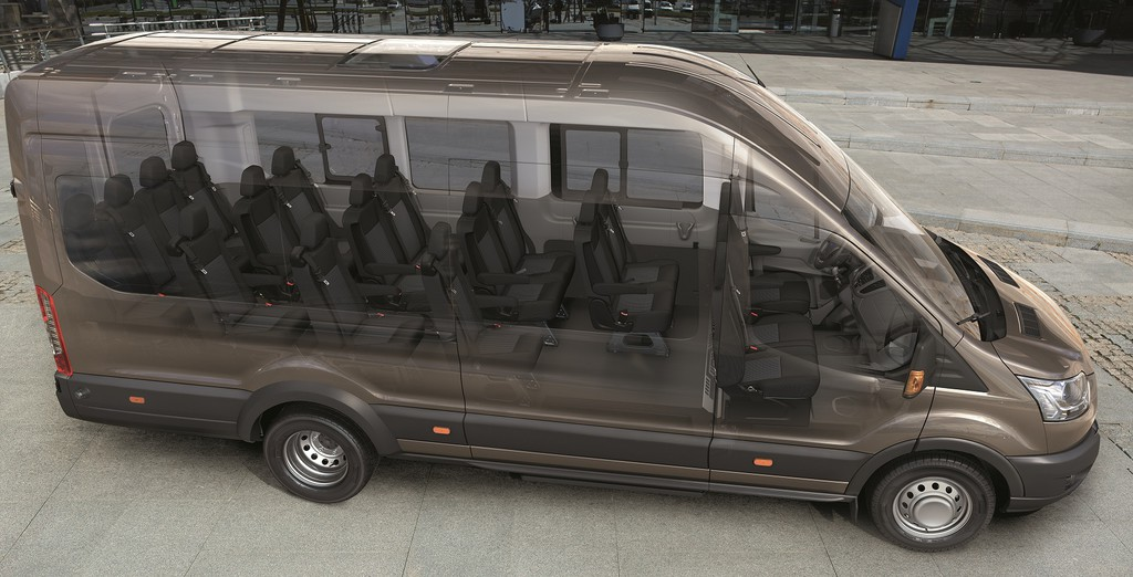 Ford Transit jetzt auch als Bus