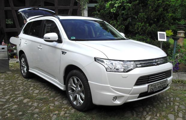 Grüne Initiative: Mitsubishi stellt sich neu auf / Outlander als Plug-in-Hybrid startet