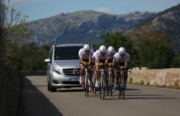 Mercedes-Benz unterstützt deutsches Power Horse Triathlon Team
