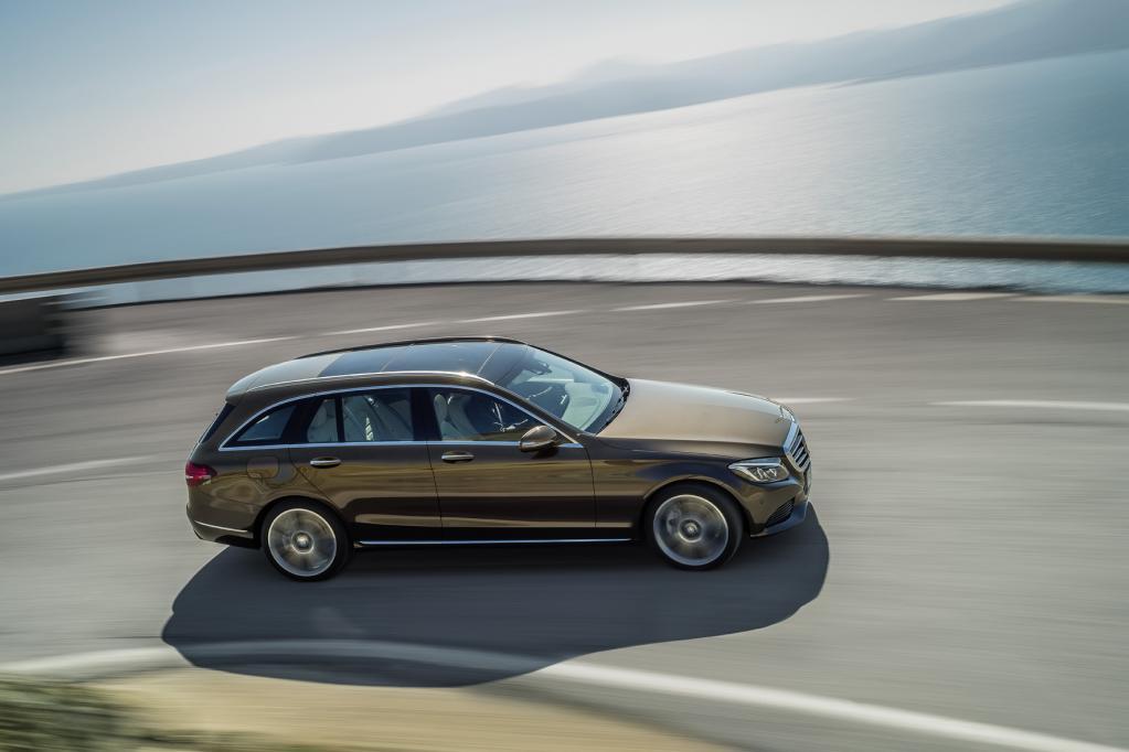 Mercedes T-Modell geizt mit Masse