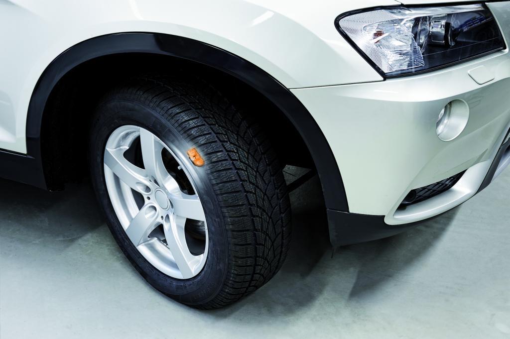 Montierter Reifen mit Reifendrucksensor