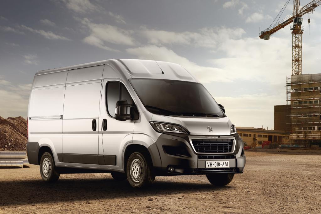Peugeot Boxer: Transporter-Multitalent