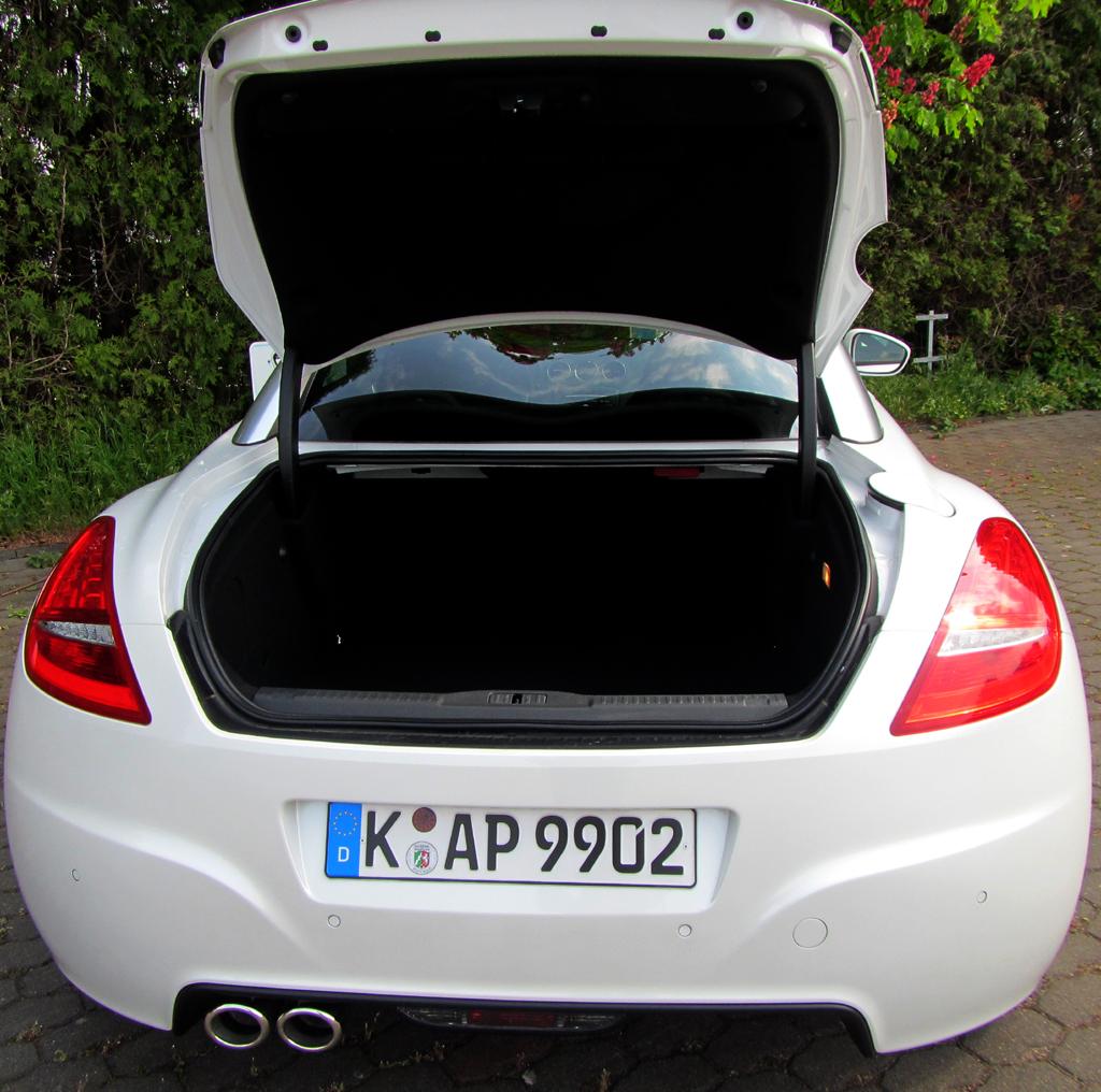 Peugeot RCZ: Das Stauabteil fasst für einen 2+2-Sitzer bemerkenswerte 321 bis fast 639 Liter.