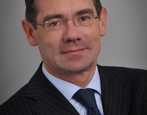 Proton verpflichte Jean-Marc Gales als Lotus-Chef