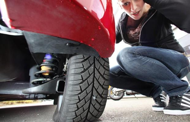 Ratgeber: Hilfe bei der Reifenpanne - Flicken oder tauschen