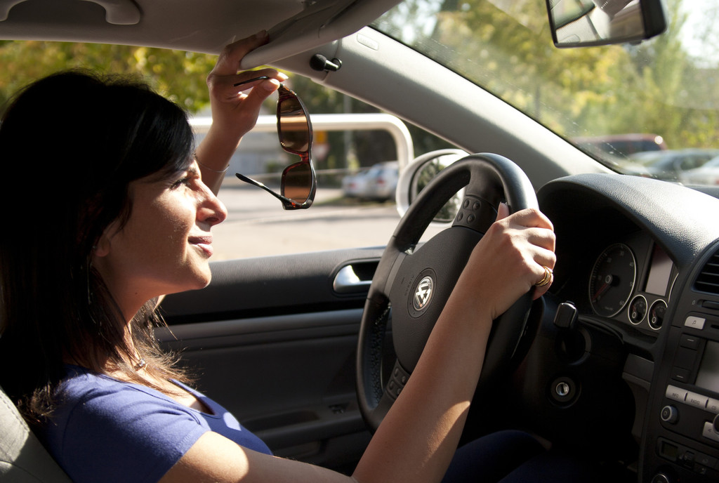 Ratgeber: Mit der richtigen Brille in den Sommer fahren