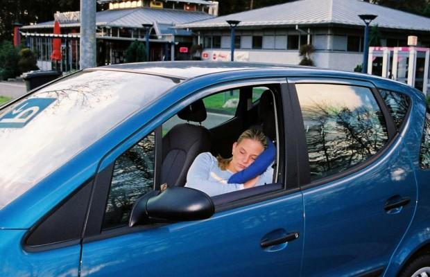 Recht: Im Auto übernachten - Schläfst Du noch oder wohnst Du schon?