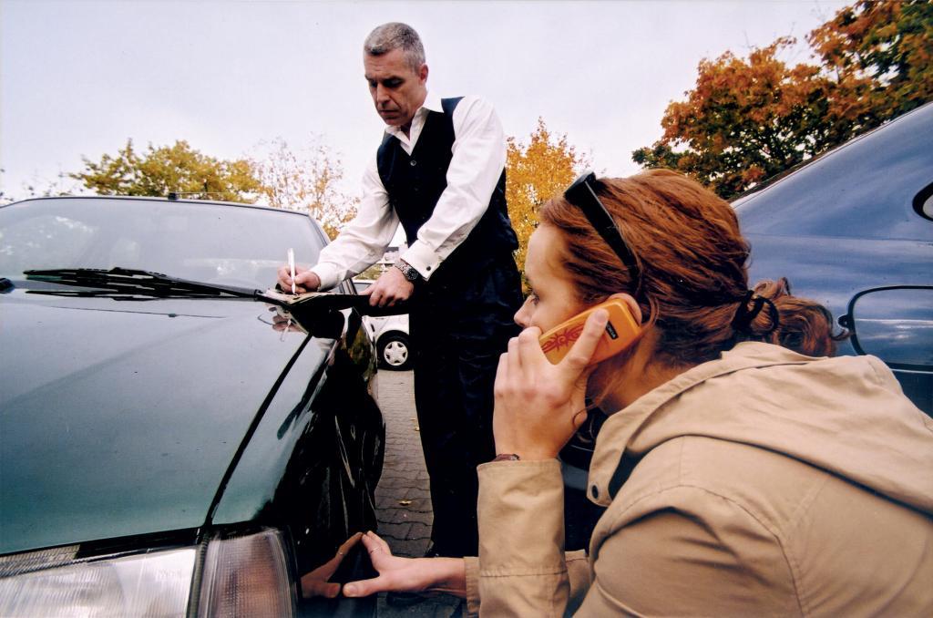 Recht: Schuldverteilung bei Auffahrunfall - Haftung bei grundlosem Bremsen