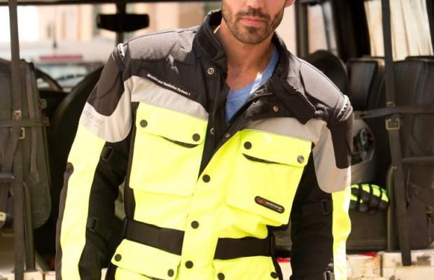 Signalfarben bringen Motorradfahrern mehr Sicherheit