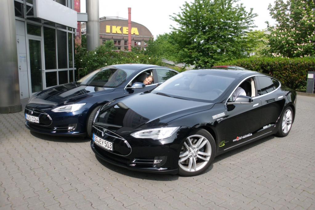 Tesla S als Mietwagen bei RUHRAUTOe
