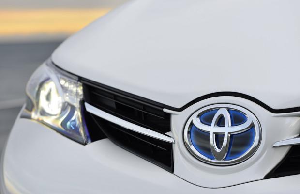 Toyota steigert Absatz, Betriebsergebnis und Nettogewinn