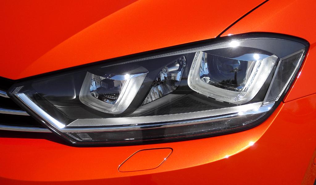 VW Golf Sportsvan: Moderne Leuchteinheit vorn.
