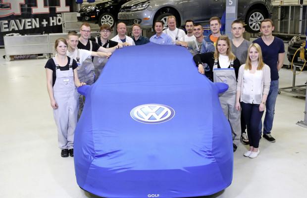 Volkswagen-Auszubildende zeigen einzigartigen Golf GTI am Wörthersee