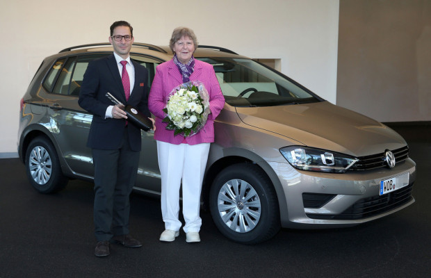 Volkswagen liefert ersten Golf Sportsvan aus