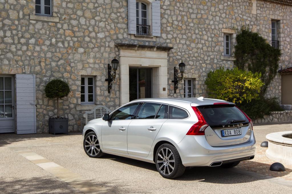 Volvo hat seinen Kombi V60 aufgefrischt.