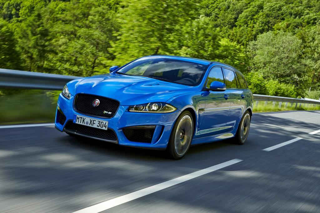 Zur in der nächsten Woche beginnenden AMI in Leipzig bringt Jaguar einen Kombi mit 550 PS, der 300 km/h schnell sein darf.