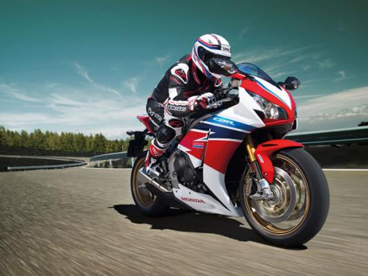 Übersicht Motorradhersteller: Honda CBBR-1000RR Fireblade - Bild: Honda