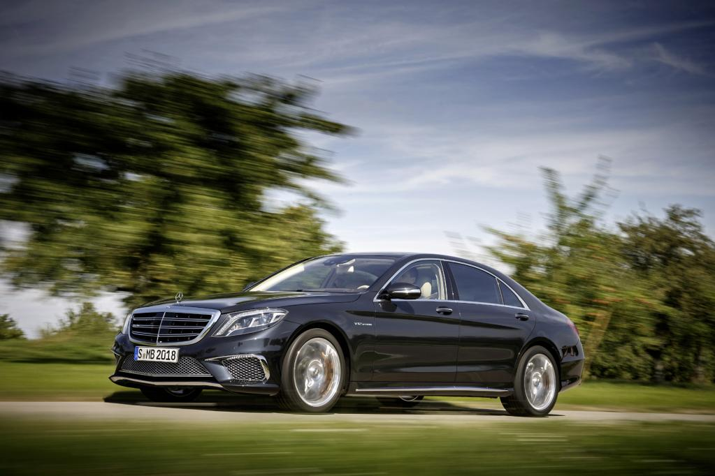 AMG entdeckt das Hybrid-Auto