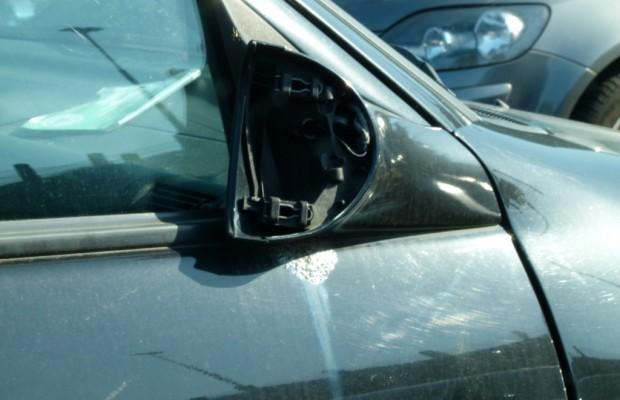 Aus Spaß Autos zertrümmern