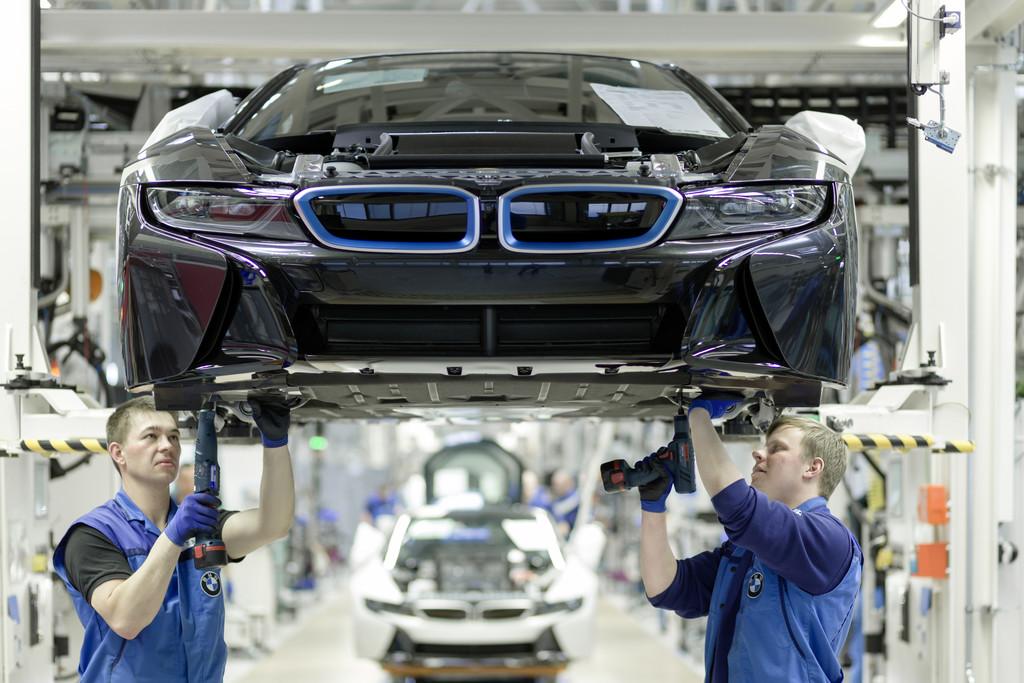 BMW gewinnt den Kampf der Laserstrahlen