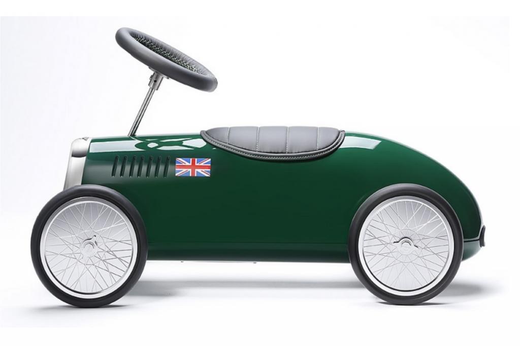 Bis die Edelmarke Bentley ihr geplantes SUV auf die Straßen schickt, kann sich der Nachwuchs jetzt schon mit einem Fahrzeug der Briten beschäftigen.
