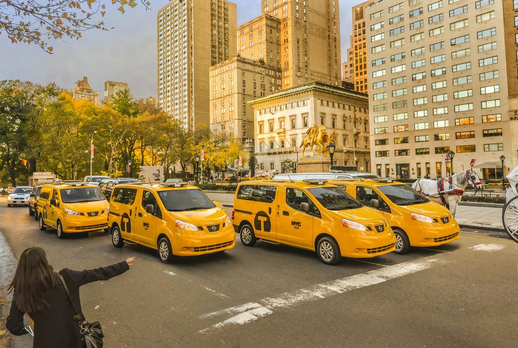 Brief aus New York: Elons Charme-Offensive, das New-York-Taxi und schlechte Nachrichten für Linksfahrer