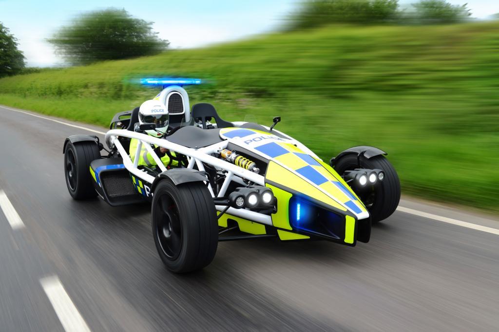 Der britische Kleinserienhersteller Ariel Motors hat der Polizei in der Grafschaft einen 257 kW/350 PS starken Ariel Atom 3.5R zur Verfügung gestellt
