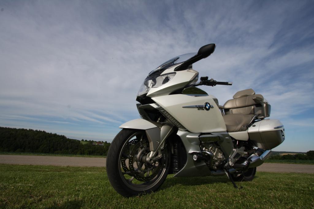 Die K1600GTL Exclusive ist so etwas wie der BMW 7er unter den Motorrädern