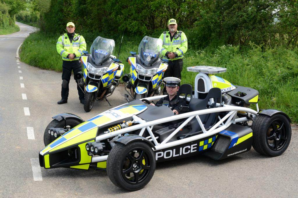 Die britischen Constables von der Polizei in der Grafschaft Somerset bekommen in diesem Sommer das Grinsen wohl nicht mehr aus dem Gesicht. Der Grund ist ein neuer Dienstwagen
