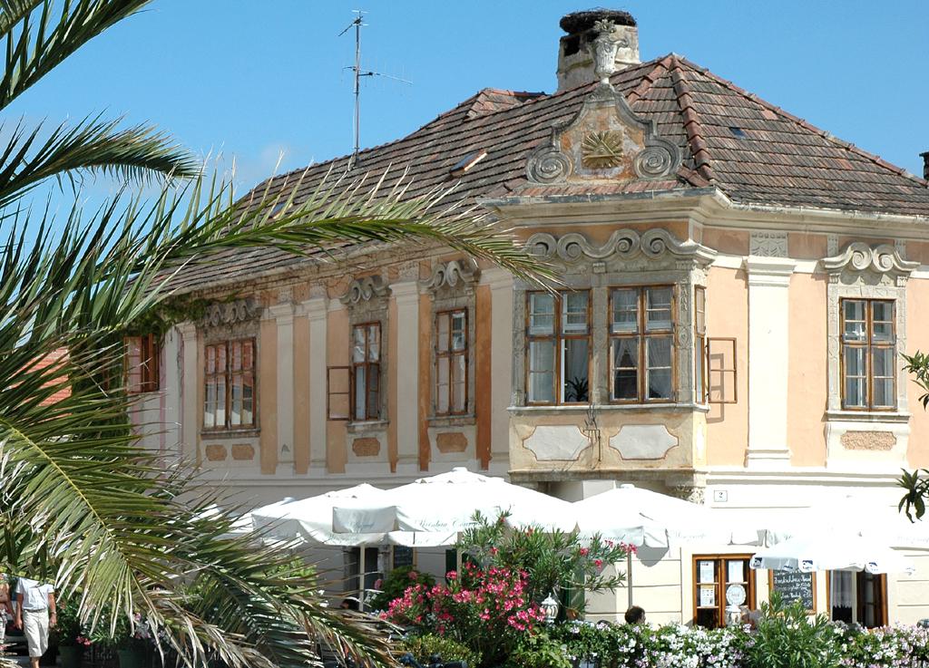 Ein Hauch von Süden: Barockhaus im Zentrum von Rust.