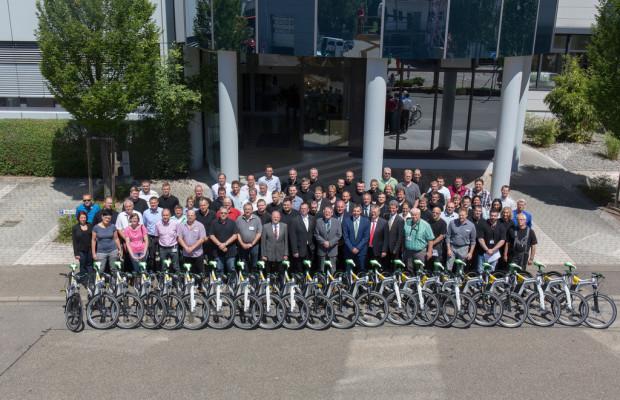 Eine Firma und 77 Smart Ebike