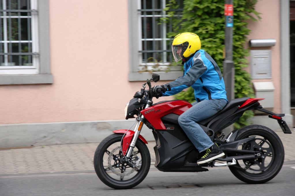 Elektromotorrad: Die neue Zero SR beschleunigt rasant