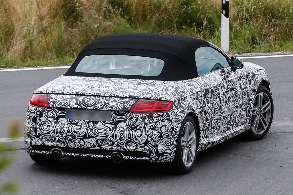 Erwischt: Erlkönig Audi TT Roadster - Dach ab, mehr drin